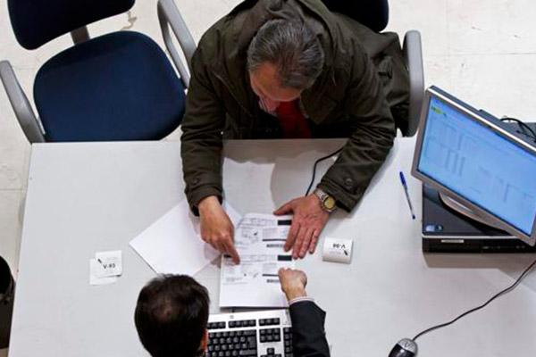Hacienda establece dos semanas de pruebas para el nuevo sistema de facturación del IVA